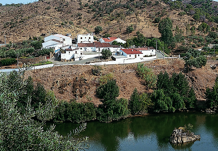 aupper-aldeias-portugal-sul1 copy